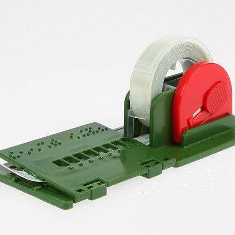 Dymoqueen Tapequeen, dispozitiv de etichetare în Braille