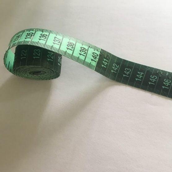 Centimetru pentru nevăzători, tactil, marcat în Braille